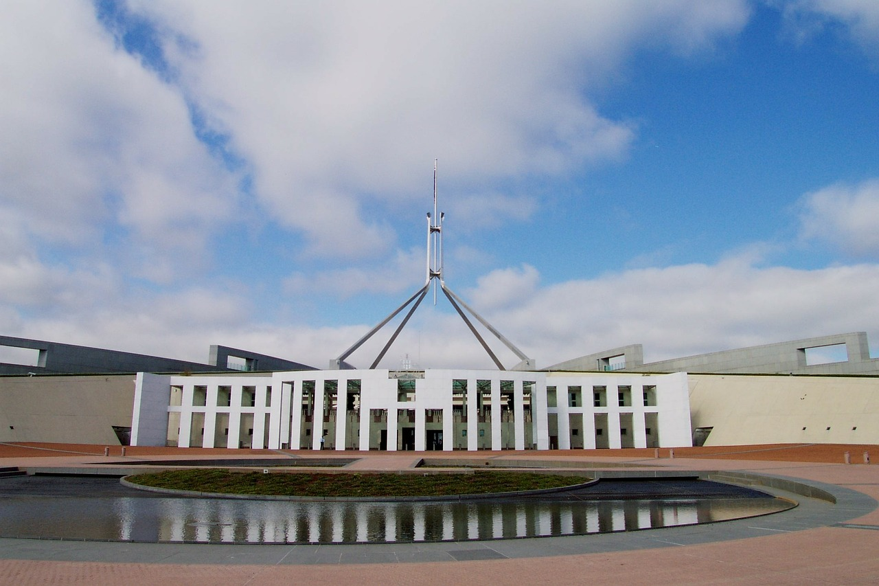 parliament-house-168300_1280